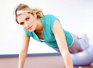 Можно ли заниматься физкультурой во время месячных?