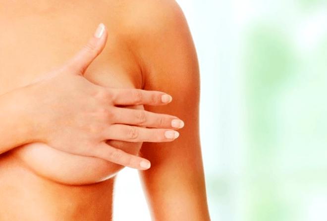 Причины болей в сосках у женщин